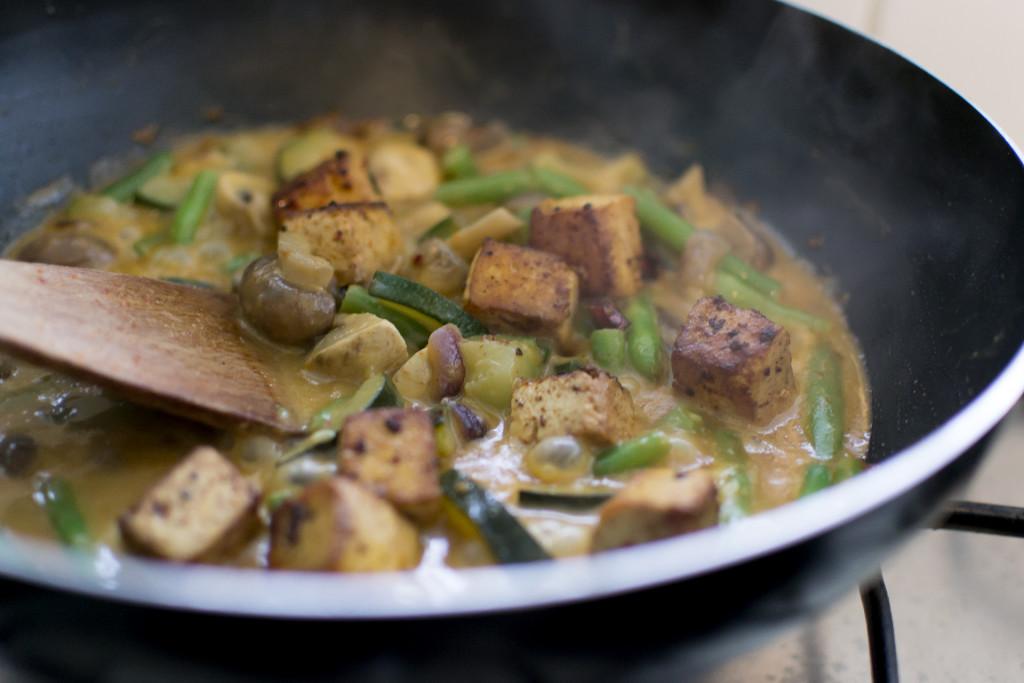vega 9 curry