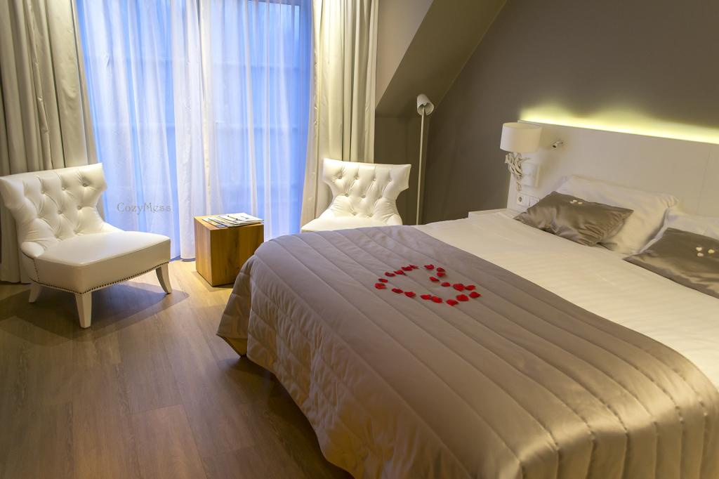 hotel1cm