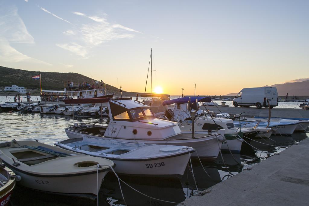 We komen al jaren bij het zelfde appartement in Vinjerac. Dit is het haventje van Vinjerac, schattig!