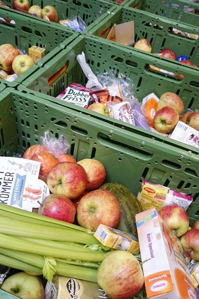 De voedselpakketten bij de Voedselbank