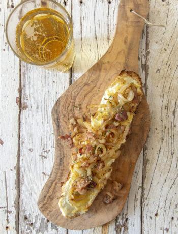 kaas-uienbroodjes met spek